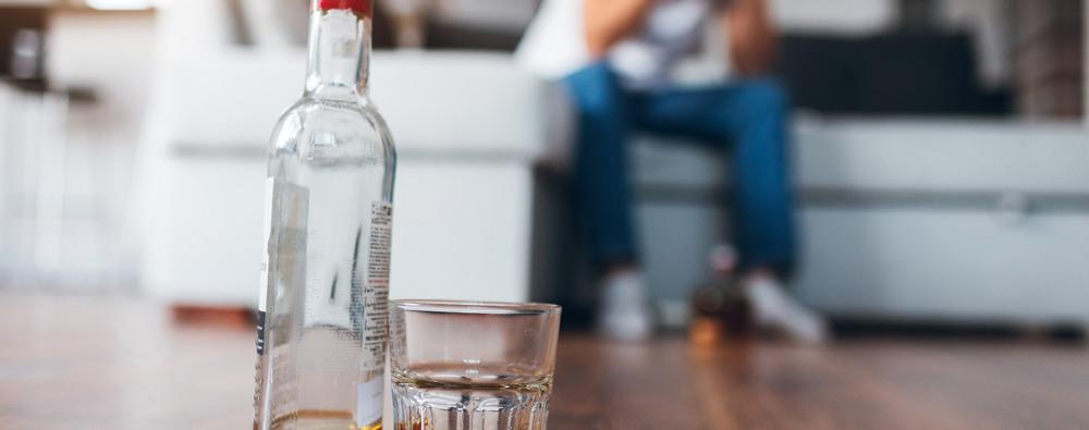 Przerwij ciąg spożywania alkoholu za pomocą wszywki alkoholowej